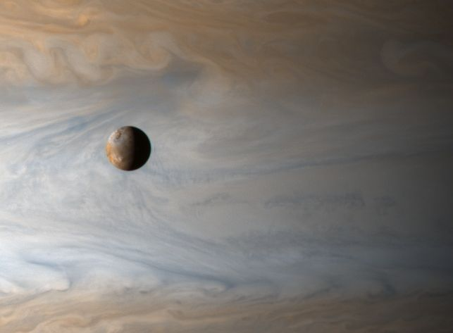 [graphic]io over jupiter
